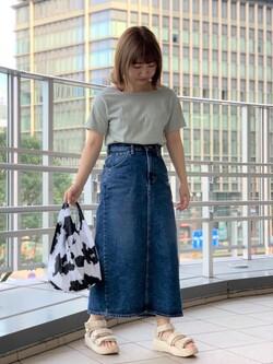 アミュプラザ鹿児島店のRuriさんのLeeのSTANDARD WARDROBE スカートを使ったコーディネート