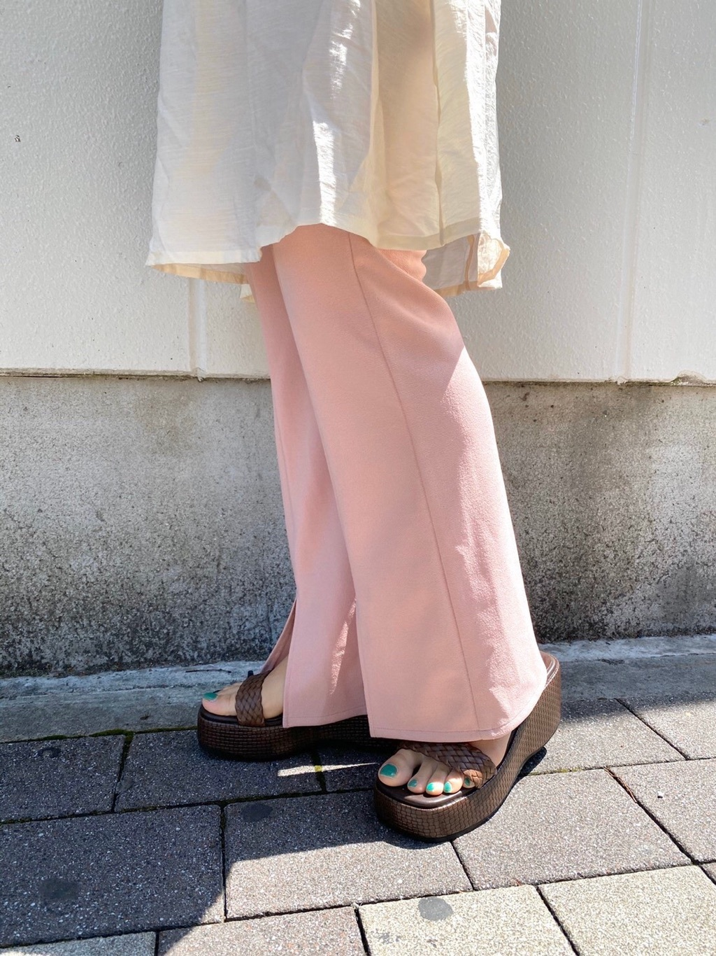 身長 パンツ 低