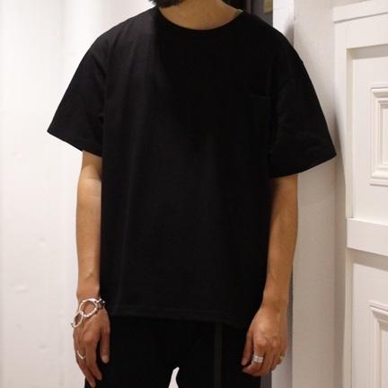 「ブラックカラー」