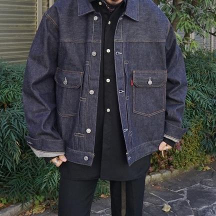 デニムジャケット、きてます。