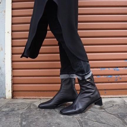 AcneStudios 鉄板ブーツ