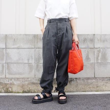 outilのPANTALON LIMOGES女性でも穿けちゃいます!!