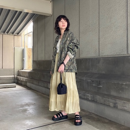 skirt styling.
