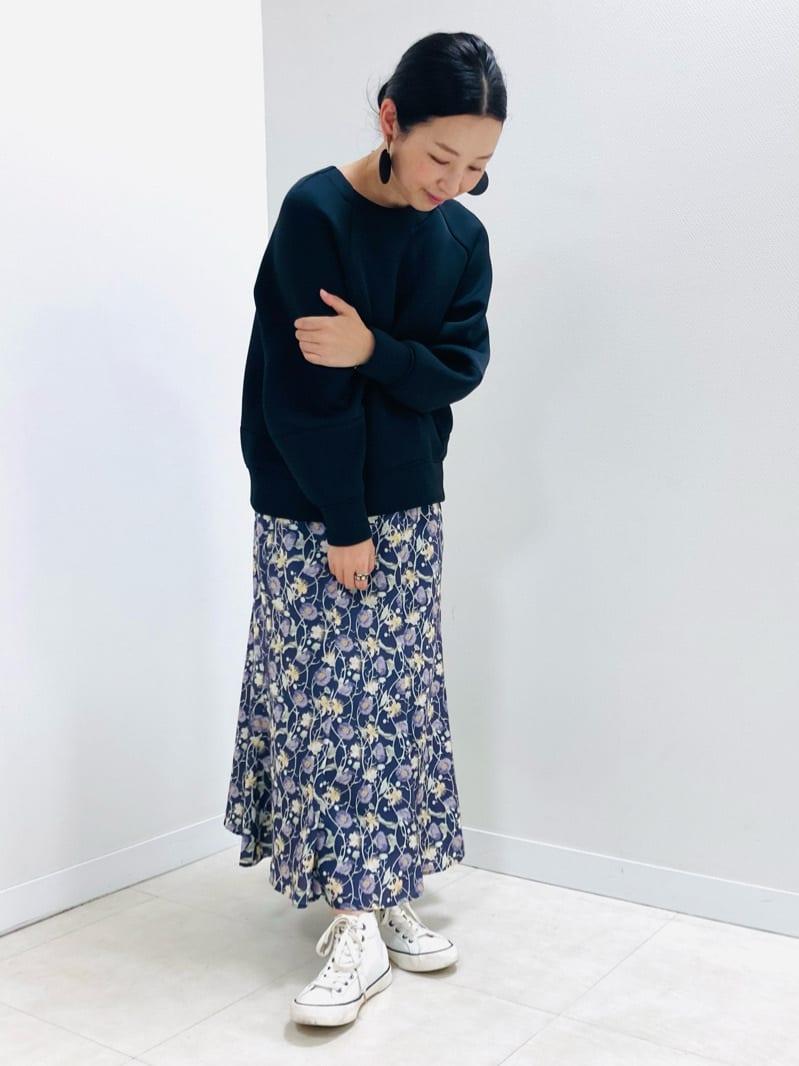 ロング・マキシ丈スカートを使ったレディースコーデ | MICHEL KLEIN