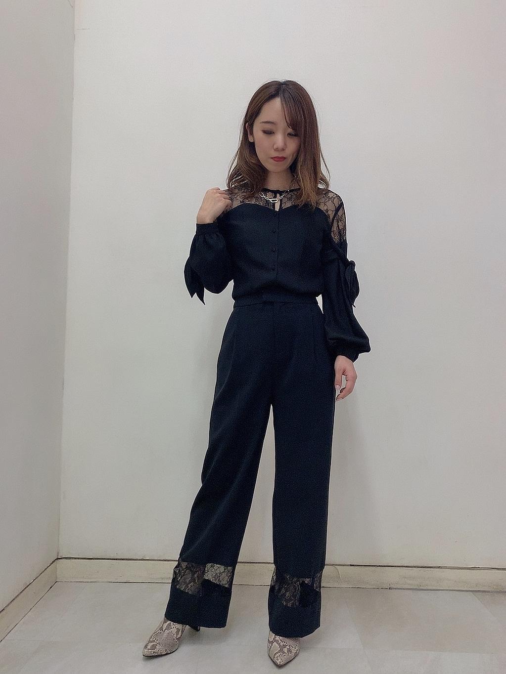高瀬 智美(157cm)
