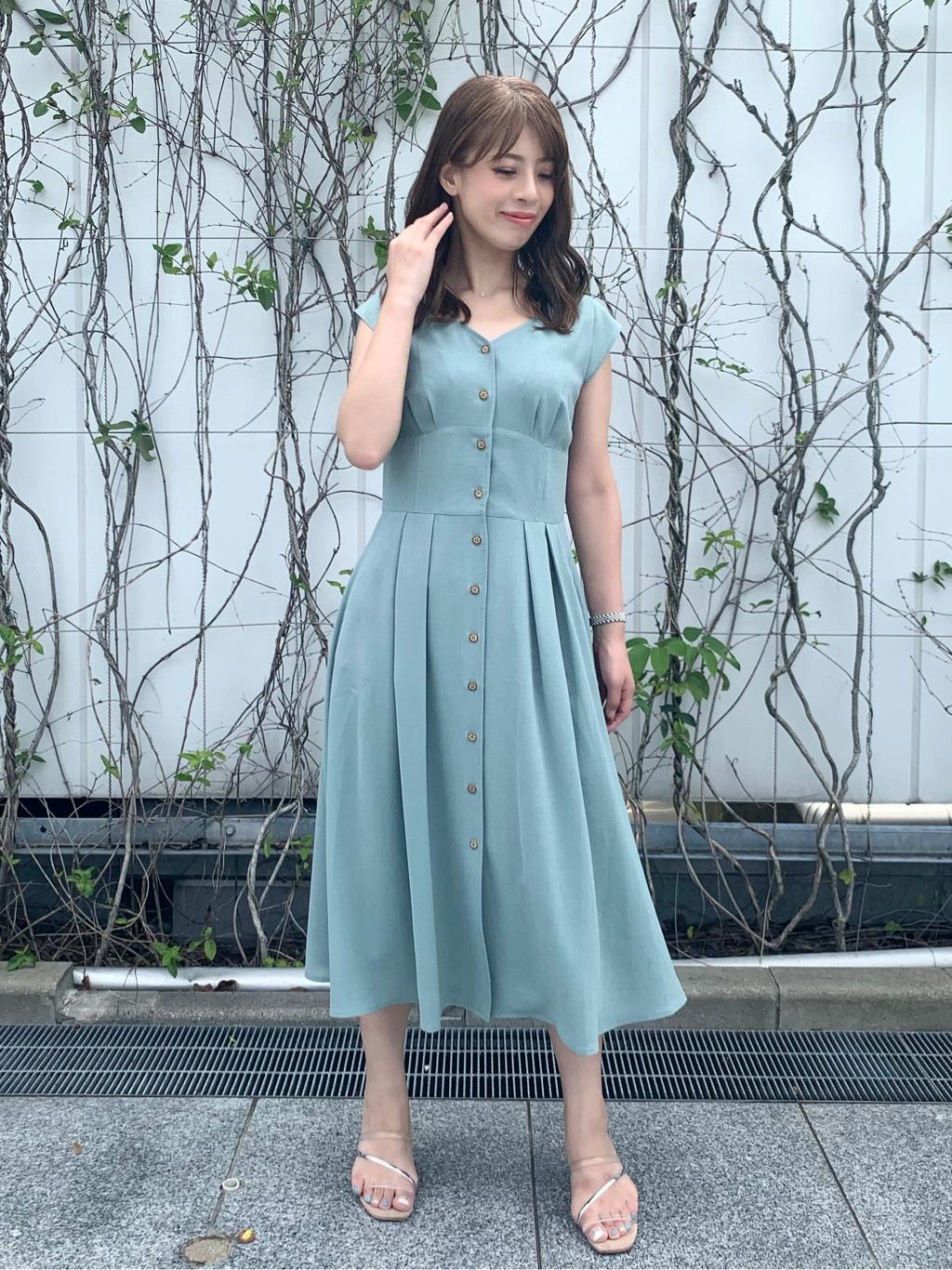 荒木 鮎美(158cm)