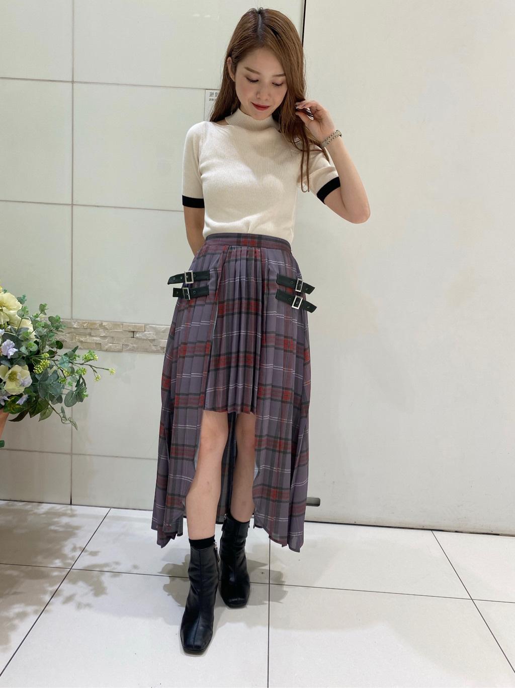 青井 睦(153cm)