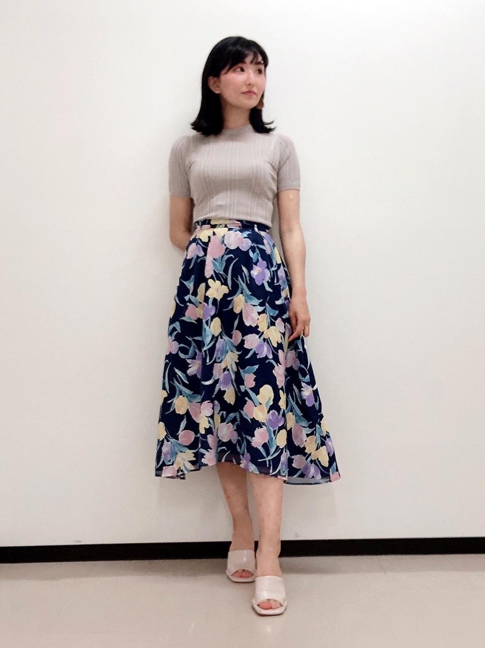 善財彩香(168cm)