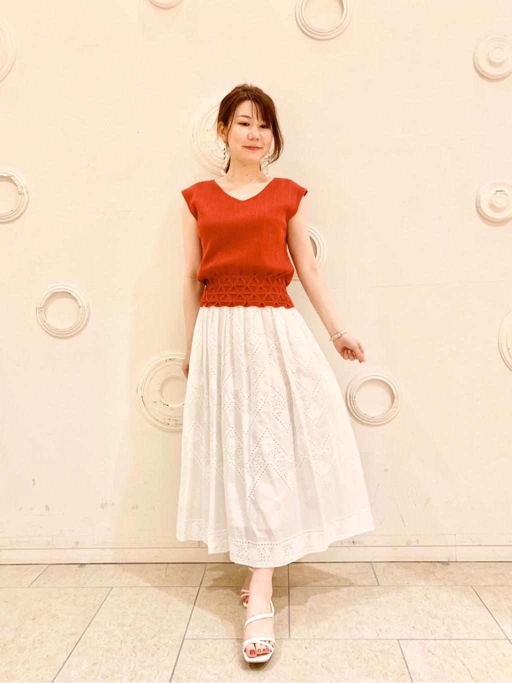 出原沙絵子(161cm)