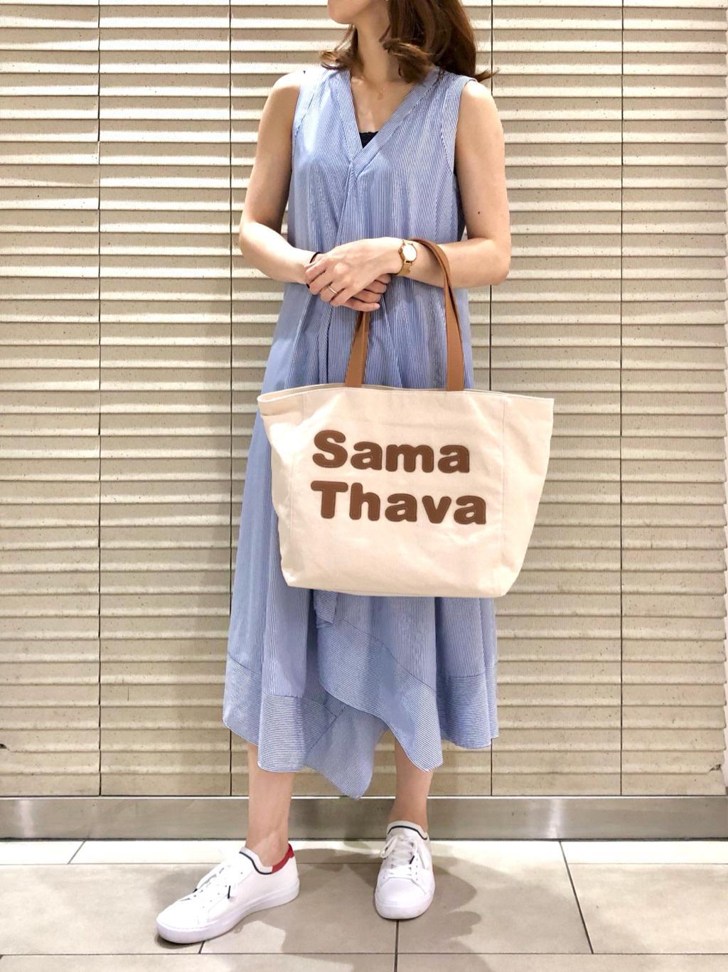 サマンサタバサ スイーツ&トラベル 新千歳空港ターミナルビル店 HINA