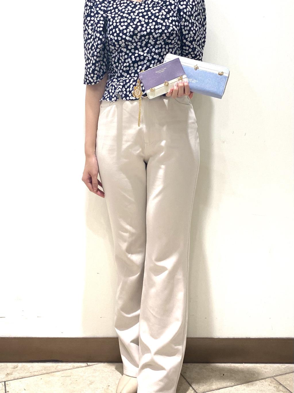 サマンサタバサプチチョイスプラス 渋谷ヒカリエShinQs店 minami