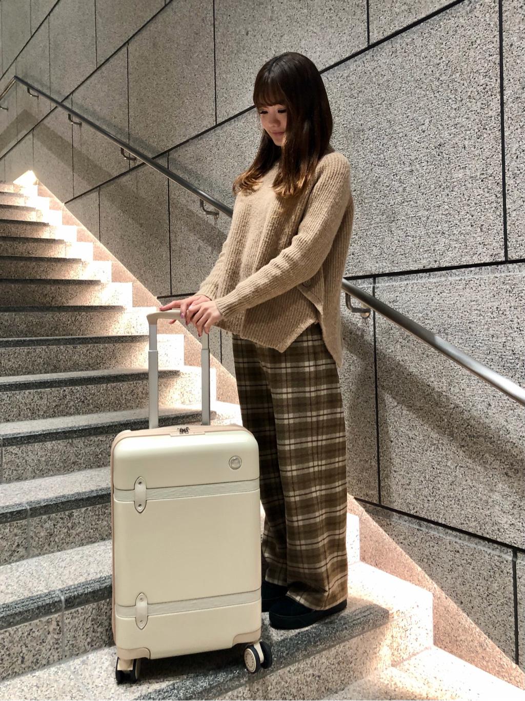 サマンサタバサ 心斎橋店 REINA