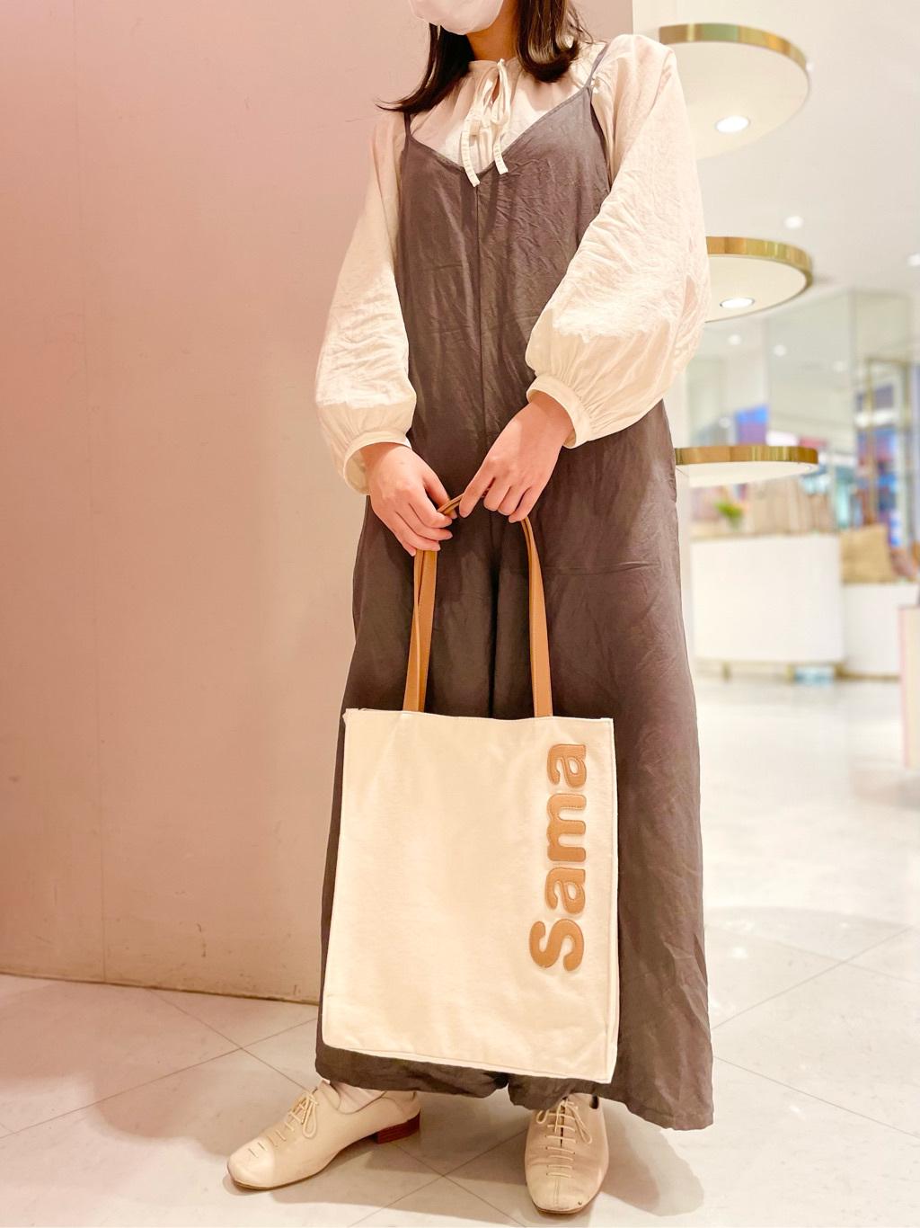サマンサタバサ&スイーツ キャナルシティ博多オーパ店 Hina
