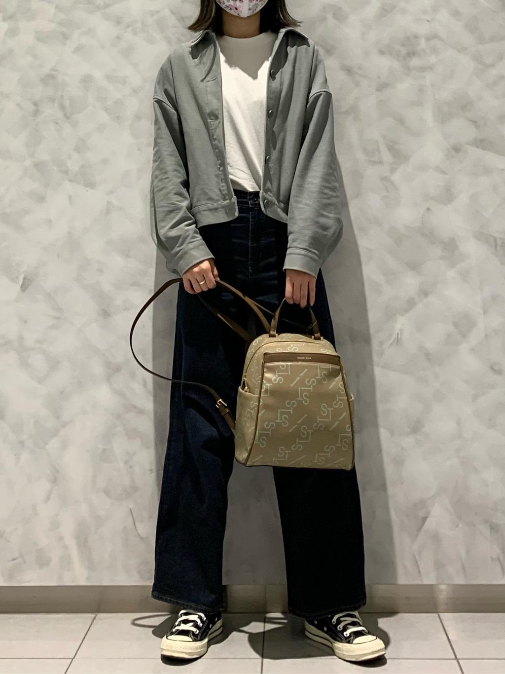 サマンサタバサ 有楽町マルイ店 Miho
