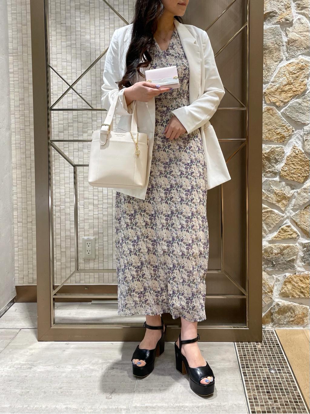 PCプラス渋谷ヒカリエShinQs店 Emi♡
