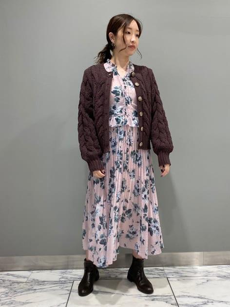 7090998 | Yurina | JILLSTUART (ジルスチュアート)