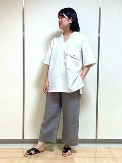 6438942 | yuna | HUMAN WOMAN (ヒューマンウーマン)