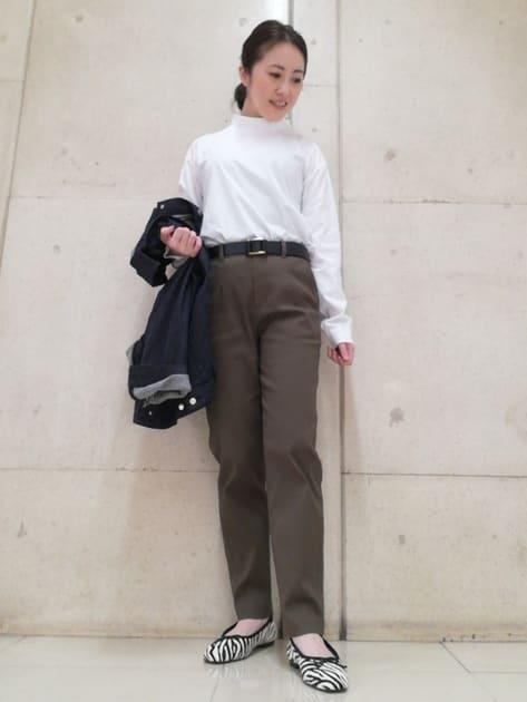 7970031 | tomomi | HUMAN WOMAN (ヒューマンウーマン)