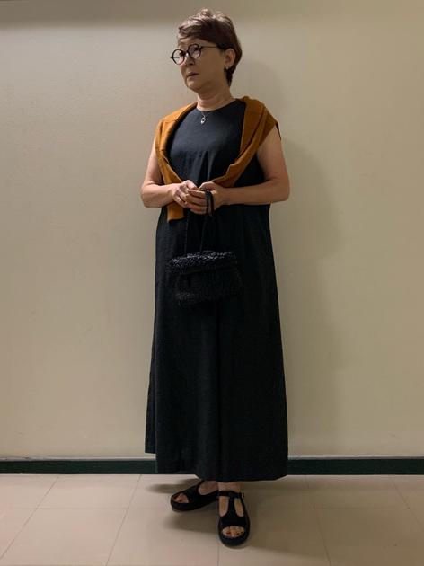 5376158 | mariko | HUMAN WOMAN (ヒューマンウーマン)