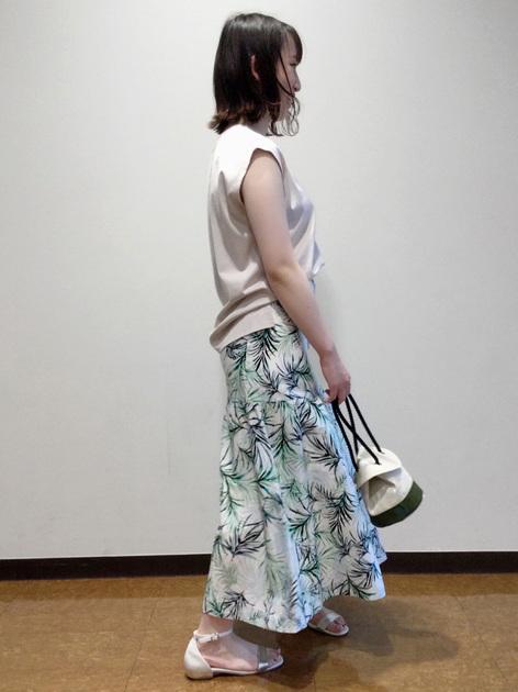 5543639 | honoka | HUMAN WOMAN (ヒューマンウーマン)