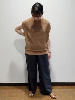 6844162 | honoka | HUMAN WOMAN (ヒューマンウーマン)