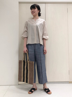 4680285 | yumi | HUMAN WOMAN (ヒューマンウーマン)