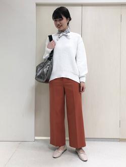 4284509 | yumi | HUMAN WOMAN (ヒューマンウーマン)