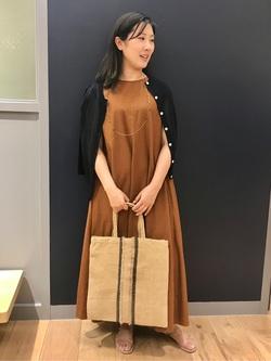 2242860 | yuko | HUMAN WOMAN (ヒューマンウーマン)