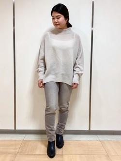 4044654 | hiromi | HUMAN WOMAN (ヒューマンウーマン)