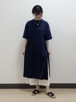 4752229 | tomomi | HUMAN WOMAN (ヒューマンウーマン)