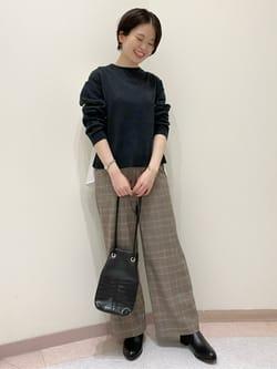 7119214   mizumi   HUMAN WOMAN (ヒューマンウーマン)