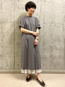 5717741 | yufu | HUMAN WOMAN (ヒューマンウーマン)