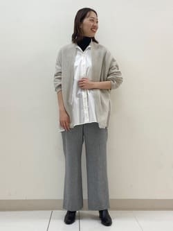 8388377 | Rina | HUMAN WOMAN (ヒューマンウーマン)