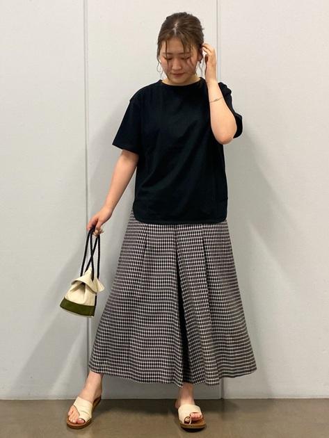 5575145 | honoka | HUMAN WOMAN (ヒューマンウーマン)