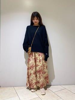 8248438 | SHIORI | ROSE BUD (ローズバッド)