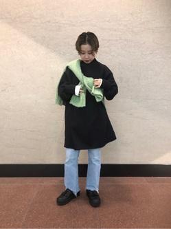 [赤嶺 生羽]