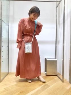 [小田島 瞳]