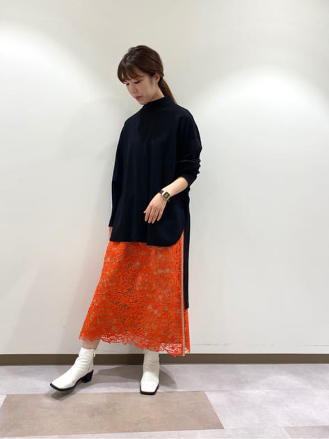 8123110   akino   ADORE (アドーア)