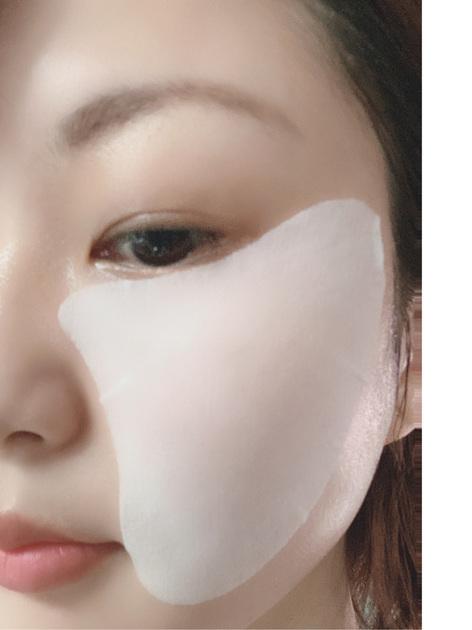【生き生きした目元を作るスペシャルケア‼︎】  マスク生活でどうしても視線が目元に集中します^^; お悩みが出やすい目元に使えるスペシャルケアマスクを紹介します! マスクの美容液が瞬時に馴染み、ふっくらハリ感のある肌へ導いてくれます♫ より集中的なケアがしたいときには、しわ改善美容液iP.Shotアドバンストとの併用もオススメです‼︎  目元だけじゃなく、口もと周辺のシワにも使用できます!