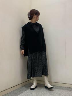 7268535 | MOEKA《渋谷109店STAFF》 | FREE'S MART (フリーズ マート)