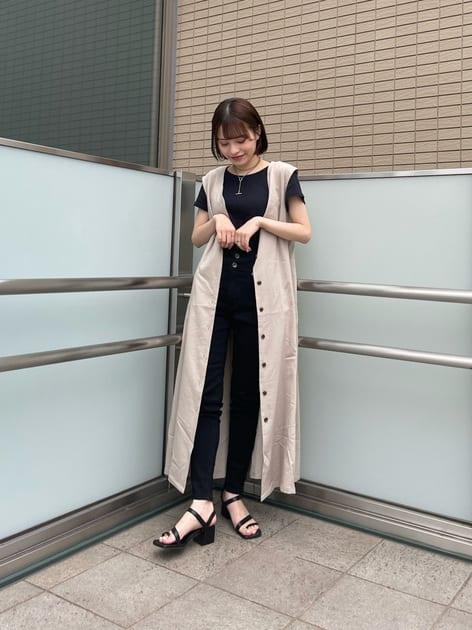 5740368   YUURI《LUCUA大阪店STAFF》   FREE'S MART (フリーズ マート)