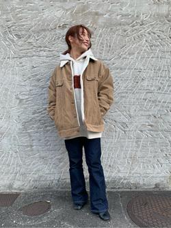 Lee アミュプラザ博多店のMISAKIさんのLeeの【再値下げ Winter sale】【ヘビーウエイト】プリントパーカー3を使ったコーディネート