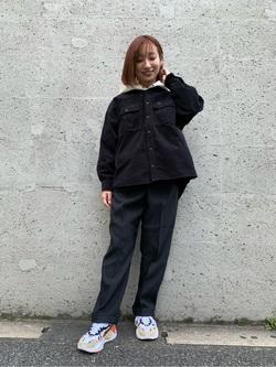 Lee アミュプラザ博多店のMISAKIさんのLeeの【再値下げ Winter sale】【ユニセックス】ビッグフィット ワークシャツ(コーデュロイ)を使ったコーディネート