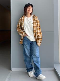 Lee アミュプラザ博多店のMISAKIさんのLeeのポケットLeeロゴ刺繍 半袖Tシャツを使ったコーディネート