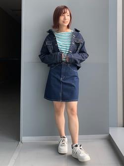 Lee アミュプラザ博多店のMISAKIさんのLeeのSTANDARD WARDROBE  デニム ミニスカートを使ったコーディネート