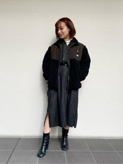 Lee アミュプラザ博多店のMISAKIさんのLeeの【Pre sale】【ユニセックス】フリースジップアップジャケットを使ったコーディネート