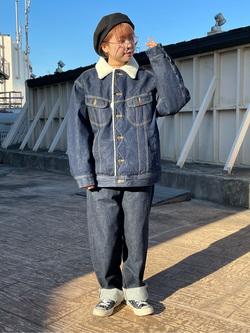 ルミネエスト新宿店のAyumiさんのLeeの【Winter sale】【イージーな穿き心地】バギーワイド テーパードパンツを使ったコーディネート