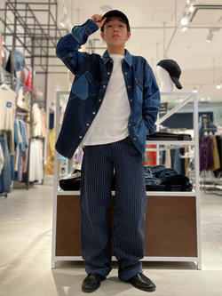 西宮ガーデンズ店のpeiさんのLeeのピエロシャツ/パッチワークデニムシャツを使ったコーディネート