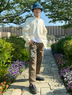 西宮ガーデンズ店のしんぺいさんのLeeの【直営店・WEB限定】ビッグポケット シャツジャケットを使ったコーディネート