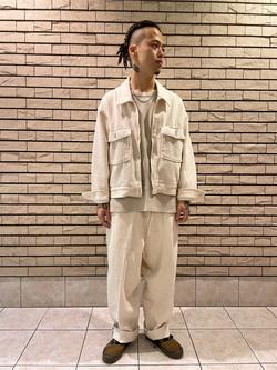 札幌パセオ店のgenさんのLeeの【ガレージセール】【オーガニックコットン素材】ワッフル ベーシック長袖Tシャツを使ったコーディネート